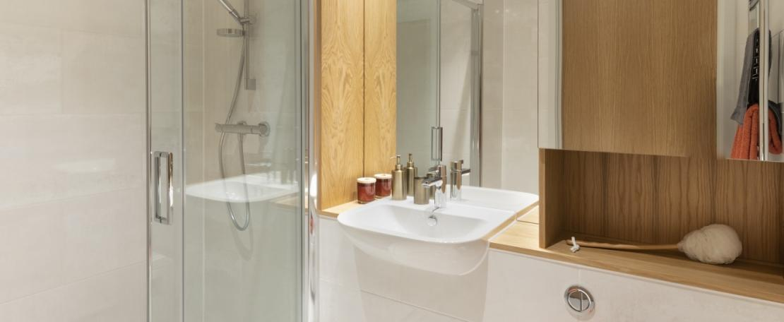 So Resi Brentford Bathroom